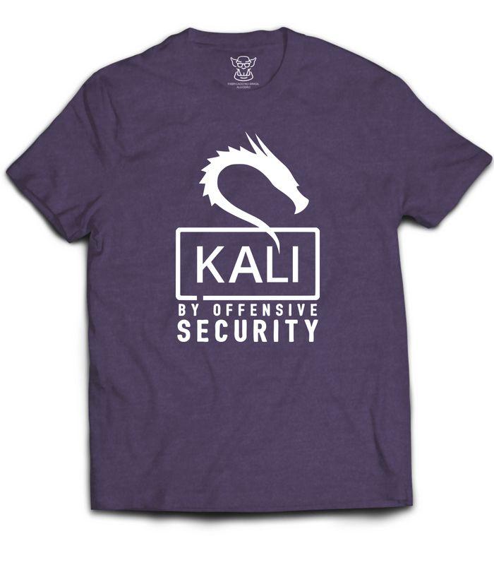 Esse modelo de Camiseta Hacker Kali Linux  faz referência como proprio nome já diz ao Sistema operacional Kali Linux. Nossa camiseta Kali Linux é feita com tecido PA Roxo confortável e de alta qualidade com costura reforçada.
