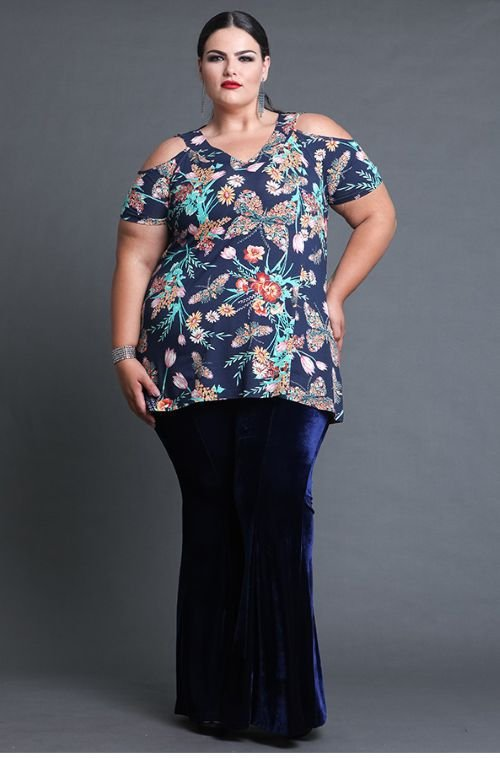 Blusa Feminina Plus Size Floral com Renda