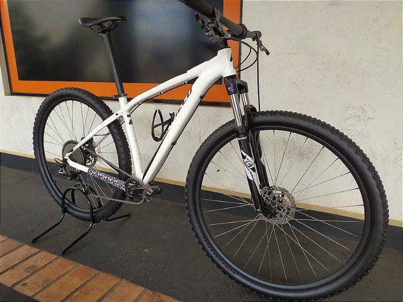 BICICLETA SPECIALIZED ROCKROPPER 11V ARO 29