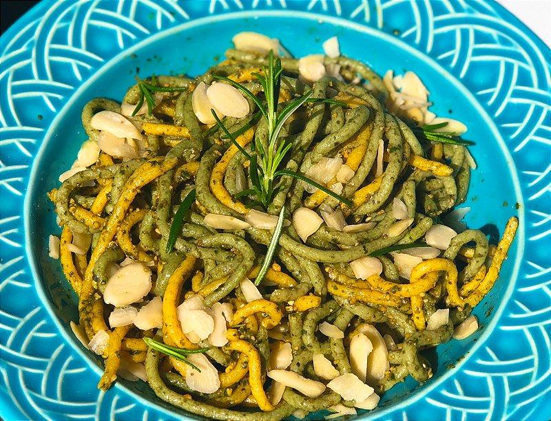 Espaguete Guiltless com spirulina e cúrcuma 100g