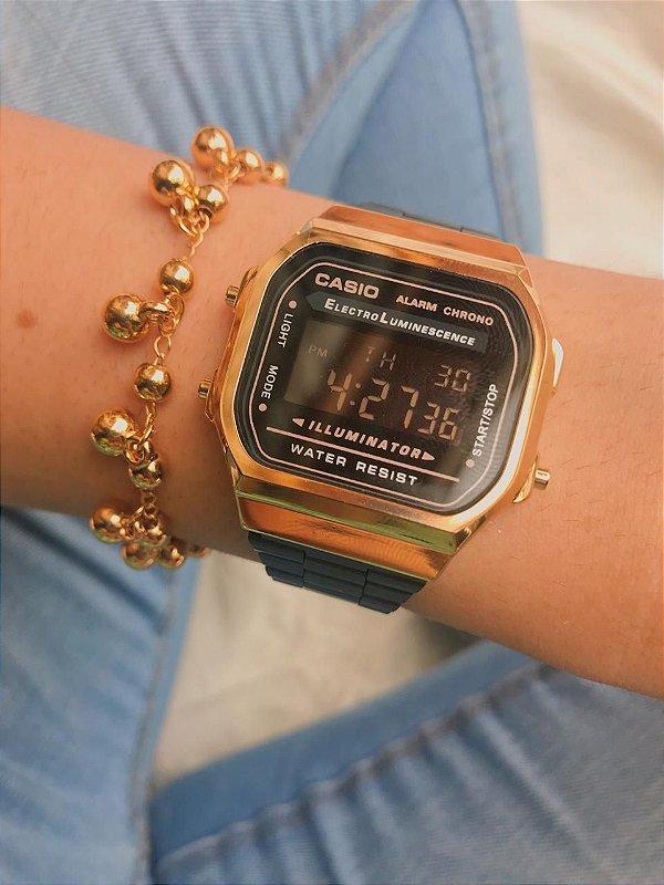 Relógio Casio Retro - Preto/Dourado - Primeira Linha