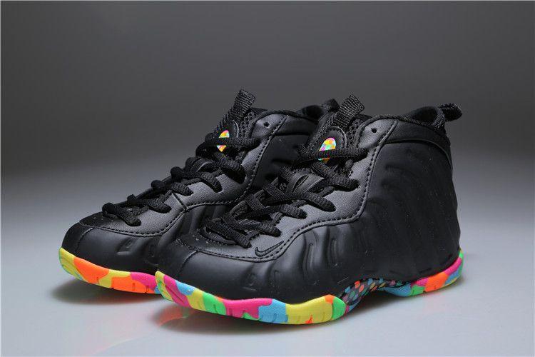 info for 7d169 bcbda Tênis Nike foamposite Kids