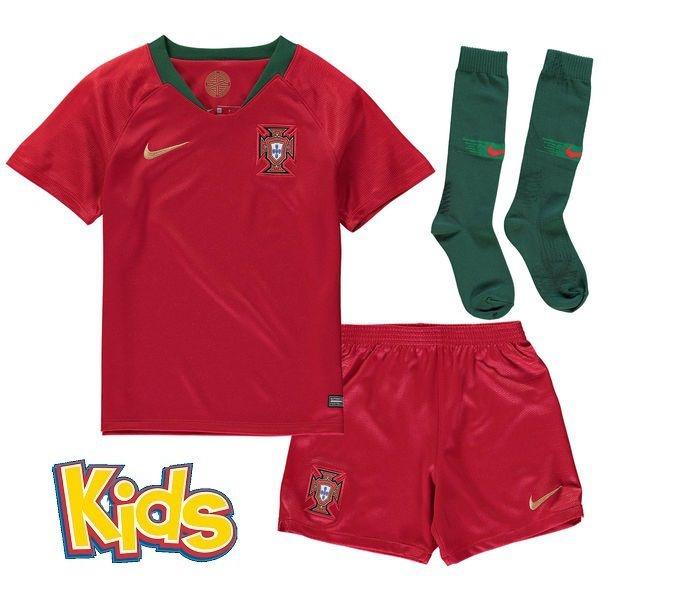 824dd2b8e1 Kit Infantil Seleção de Portugal Home 2018 2019 -S N - Rei do Futebol