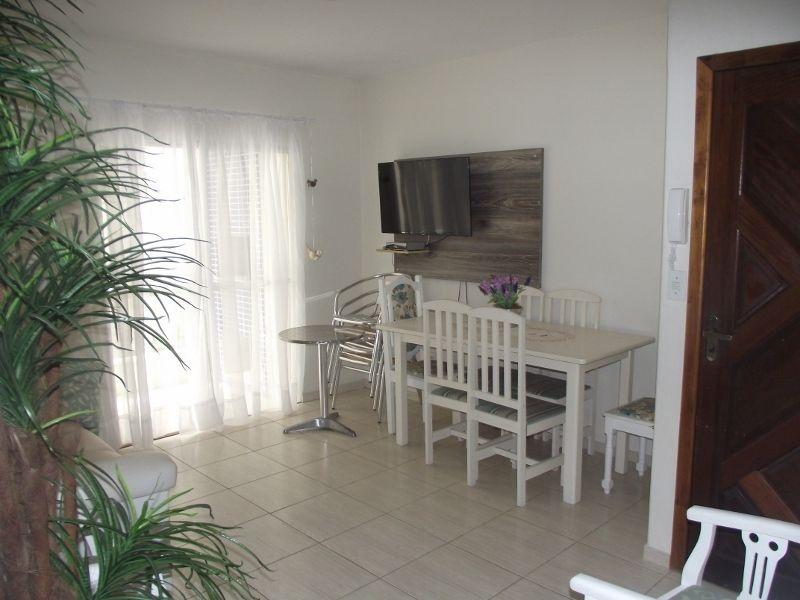 Apartamento 2 dormitórios | 20 metros da praia
