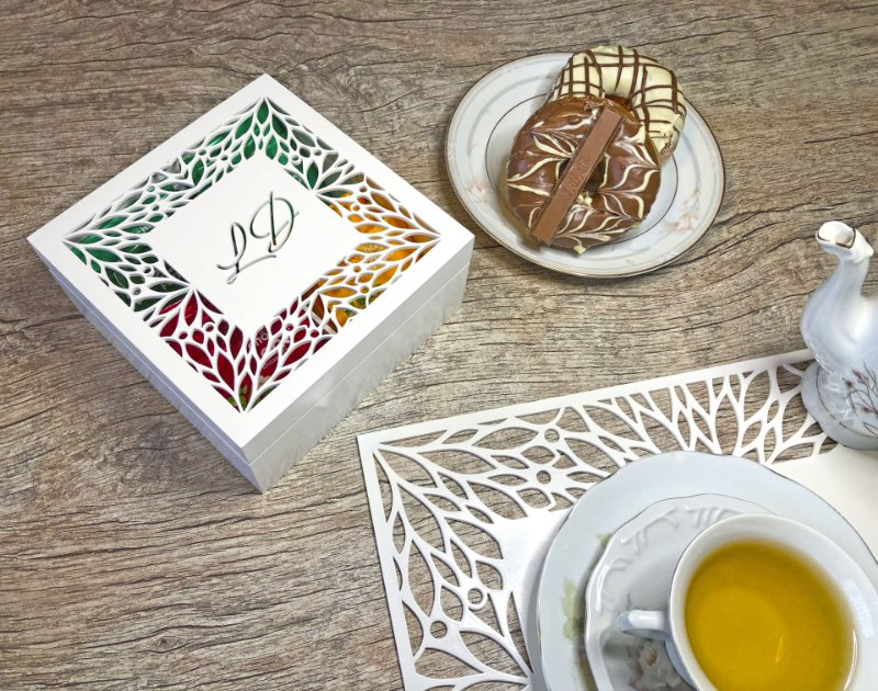 Caixa para chá ou Porta Cápsulas de Café Folhas com 4 divisões