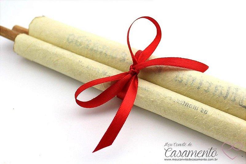 Convite Pergaminho Madeira Cetim - Grande (Pergaminho)