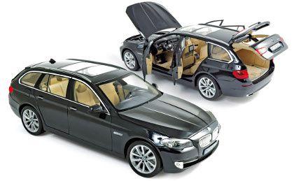 2010 BMW 550i TOURING PRETA 1/18