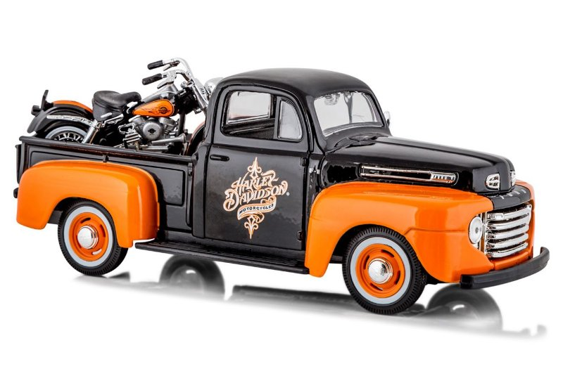 1958 FORD F-1 PICKUP + MOTO HARLEY FLH DUO GLIDE 1/24