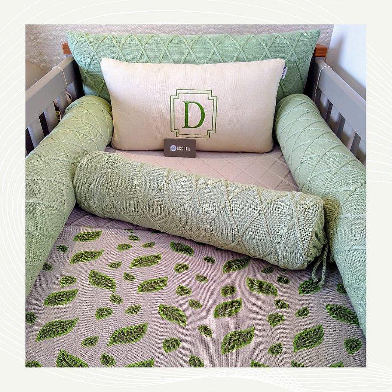 Kit Berço em tricot Greenery almofada Inicial - (6 peças)