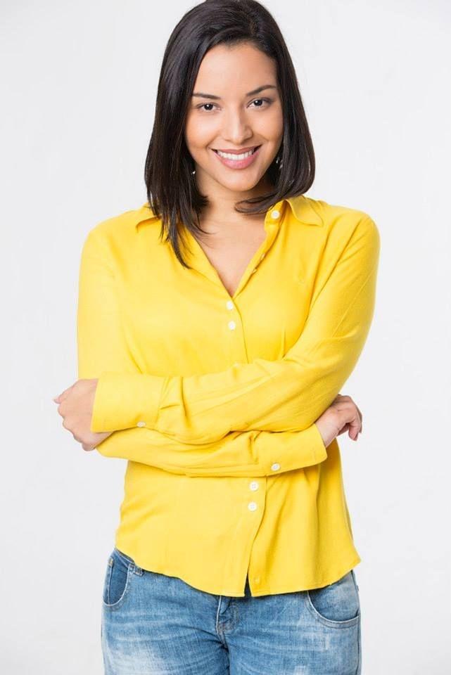 Camisa Feminina Amarela Crepe de Viscose
