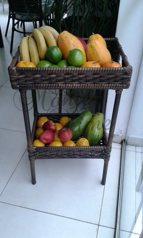 Fruteira com bandeja removível