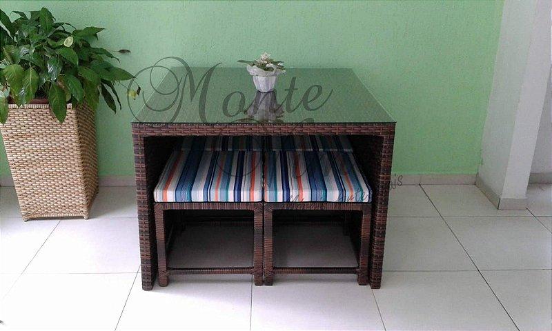 Conjunto de mesa com lateral e tampo tecido com 4 bancos Arba