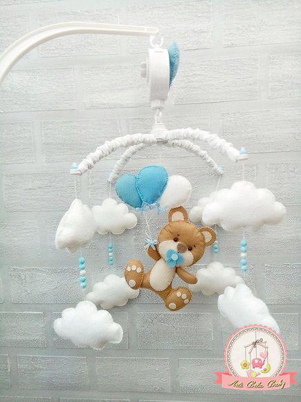 af458e929 Móbile Musical Giratório Ursinho Balão e Nuvens Berço de Bebê Arte Bela Baby