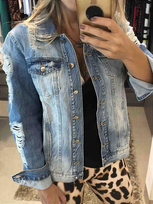 a2a17072c Jaqueta jeans destroyed - AffeMaria Moda Feminina