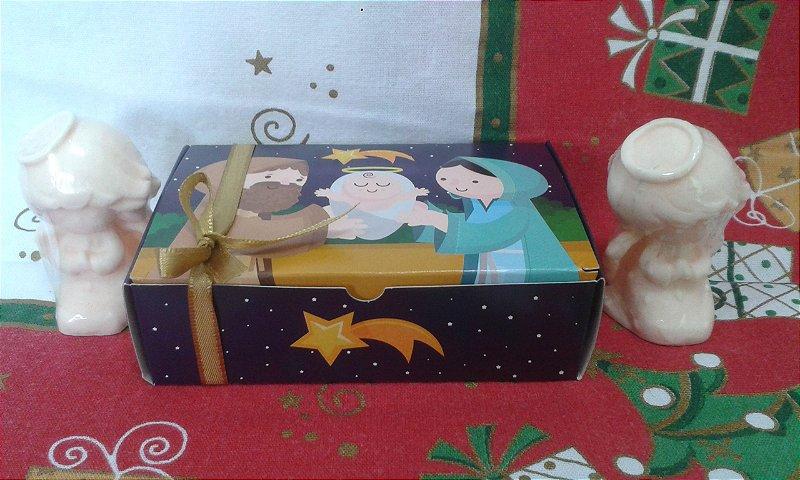 Dois Anjinhos na Caixa Natalina
