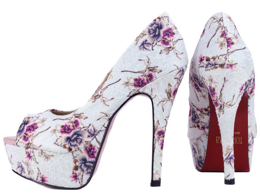 Sapato Meia Pata (Ref: 35.815NG) Tecido Floral;