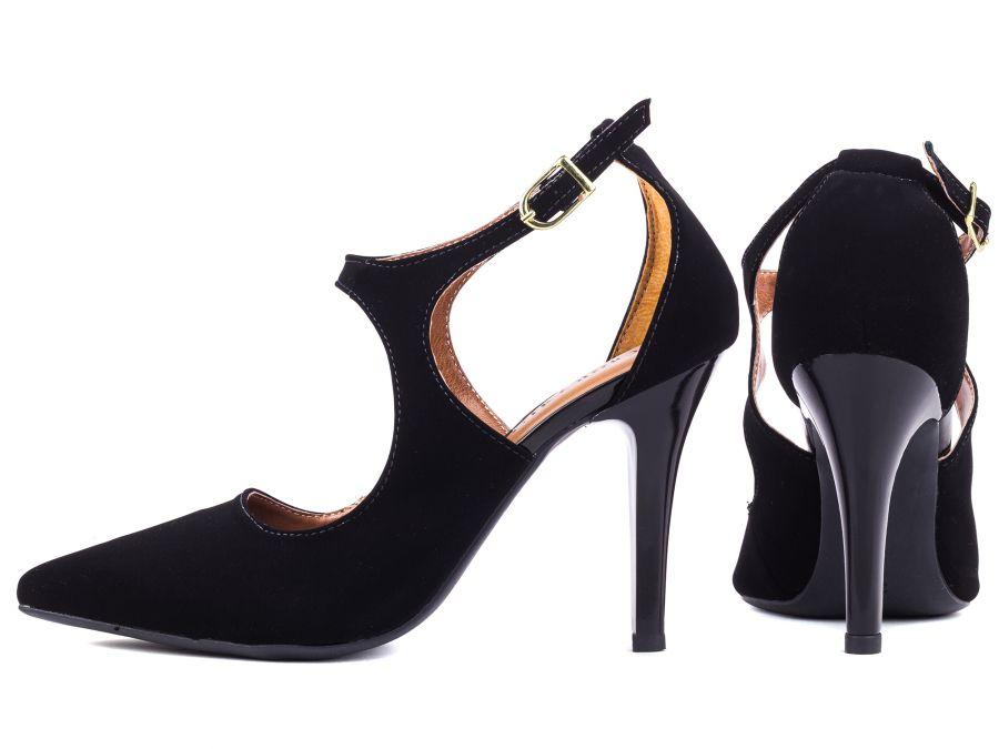Sapato Scarpin Preto Recorte a Laser