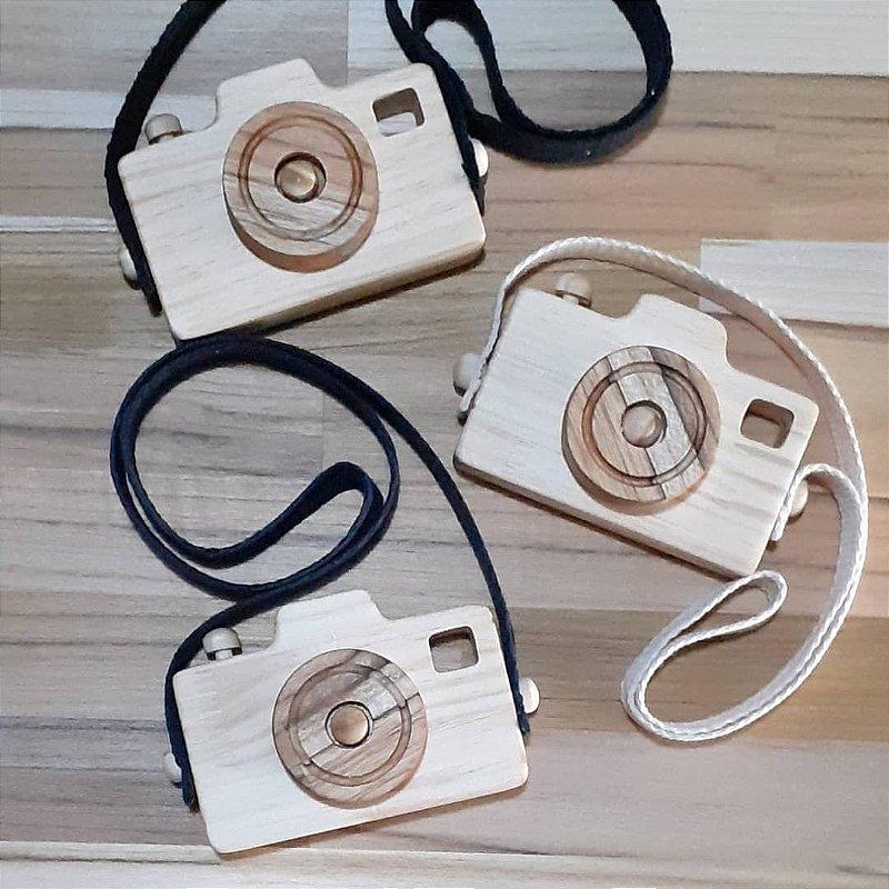 Câmera Fotográfica  em madeira
