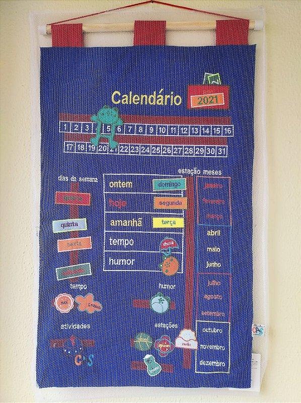 Calendário Bordado Português