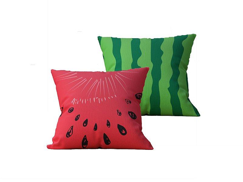 Kit com 2 Almofadas Decorativas Melancia, Casca e Sementes - 45x45cm