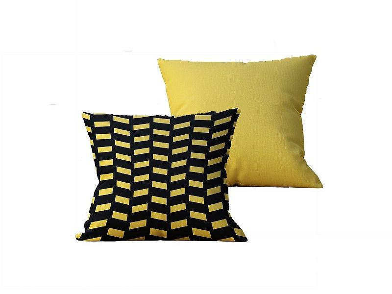 Kit com 2 Almofadas Decorativas Geometricas Preto e Amarelo - 45x45cm