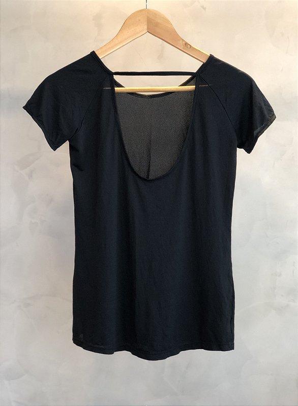 T-shirt Victória - black