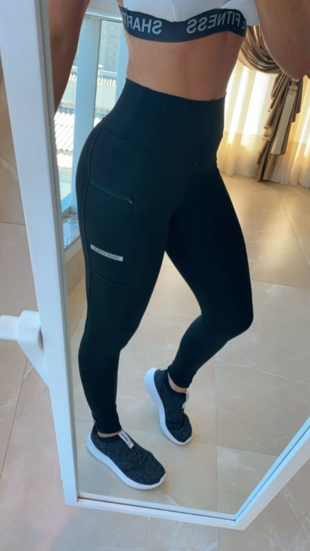 Legging Bolso Lateral - Preta