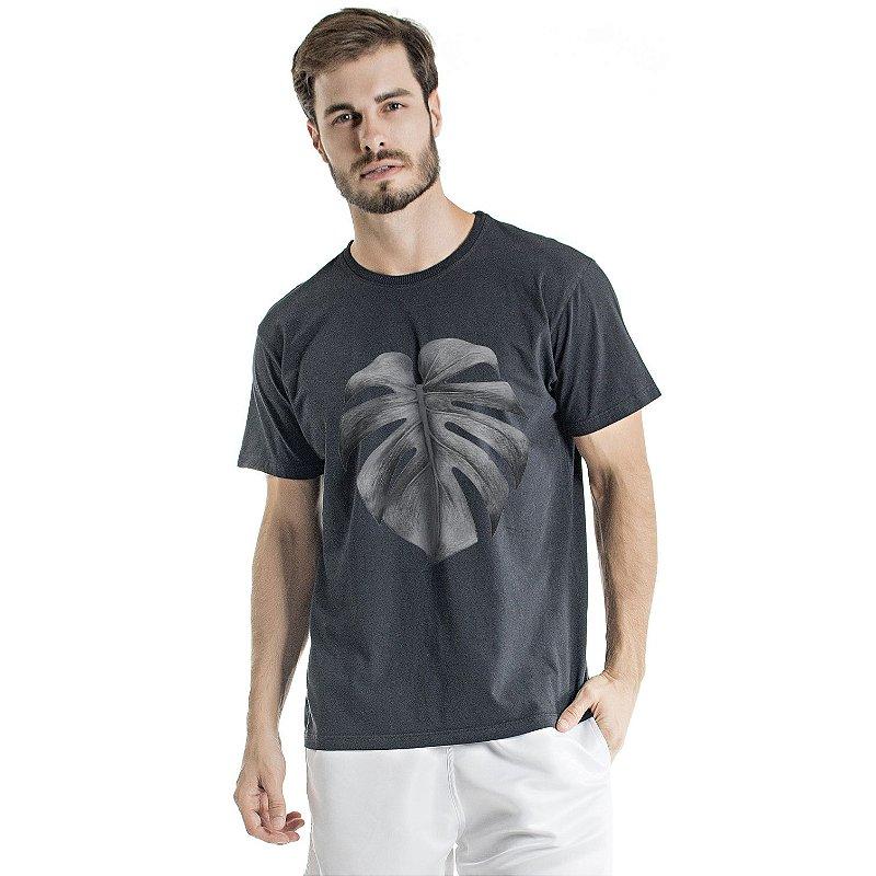 Camiseta de Algodão Estonada Preta Folha