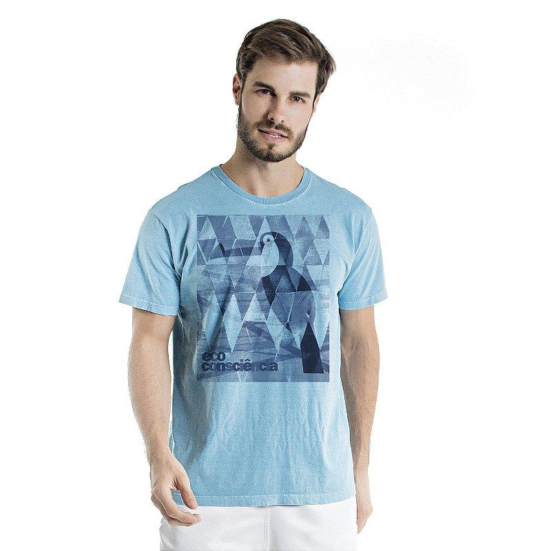 Camiseta de Algodão Estonada Azul Celeste Tucano Fundo Geométrico