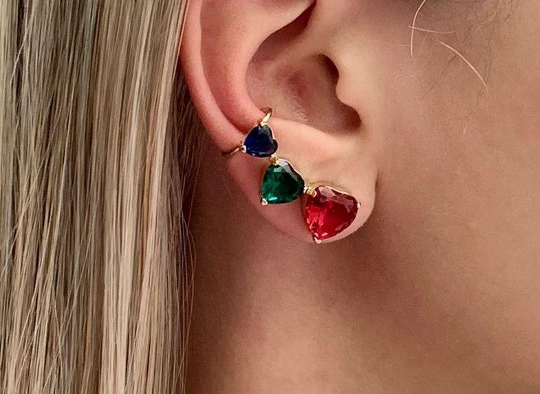 Ear cuff com Zirconia Esmeralda e Rubi Banhado a Ouro