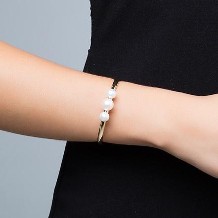 Bracelete Feminino Com Pérolas Mabe Banhado A Ouro