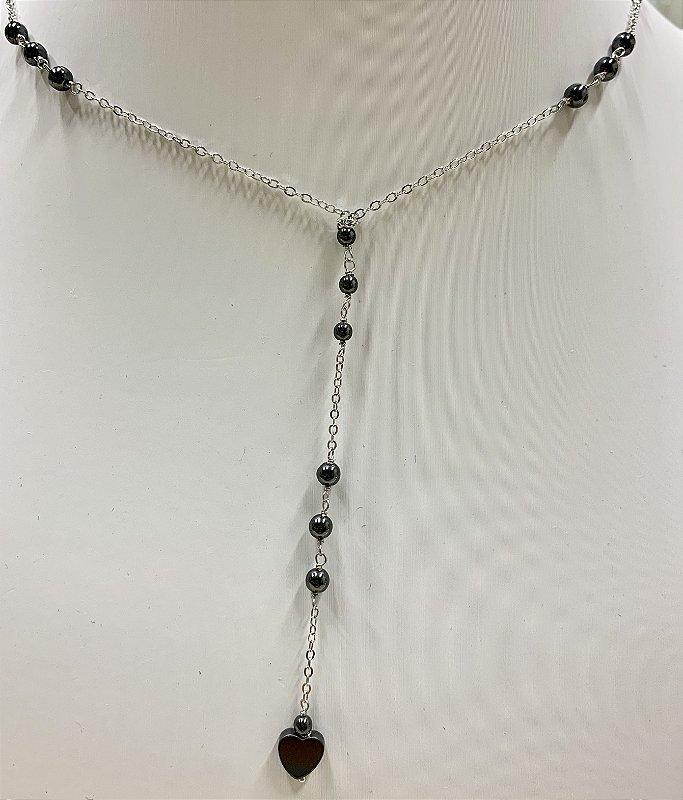 Colar Tipo Gravata, Com Bolinhas Negras E Detalhes Em Coracao, Banhado Em Ródio Branco