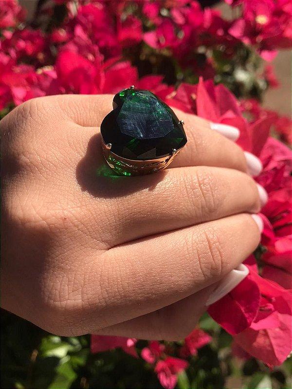 Anel de Coração Pedra Grande Verde Esmeralda Folheado a Ouro