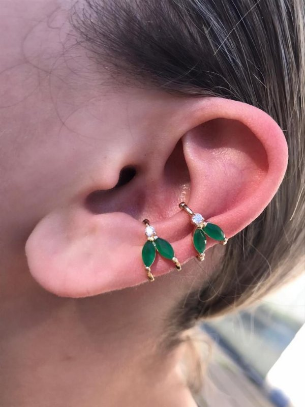 Brinco Piercing Fake Orelha Verde Esmeralda Folheado Ouro