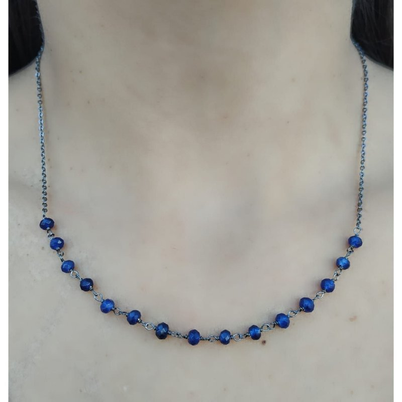 Colar Pedra Azul Facetada Banhado em Ródio Negro