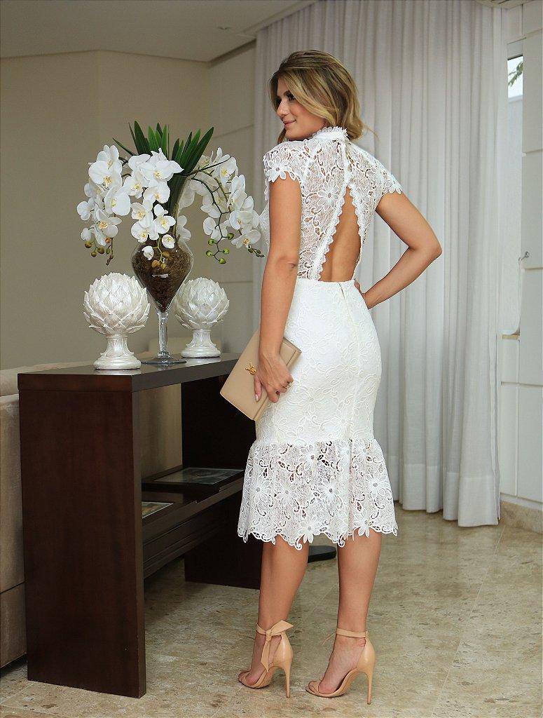 621b2dc1d8 Vestido de renda curto bordado florais - closetdamay loja de vestidos