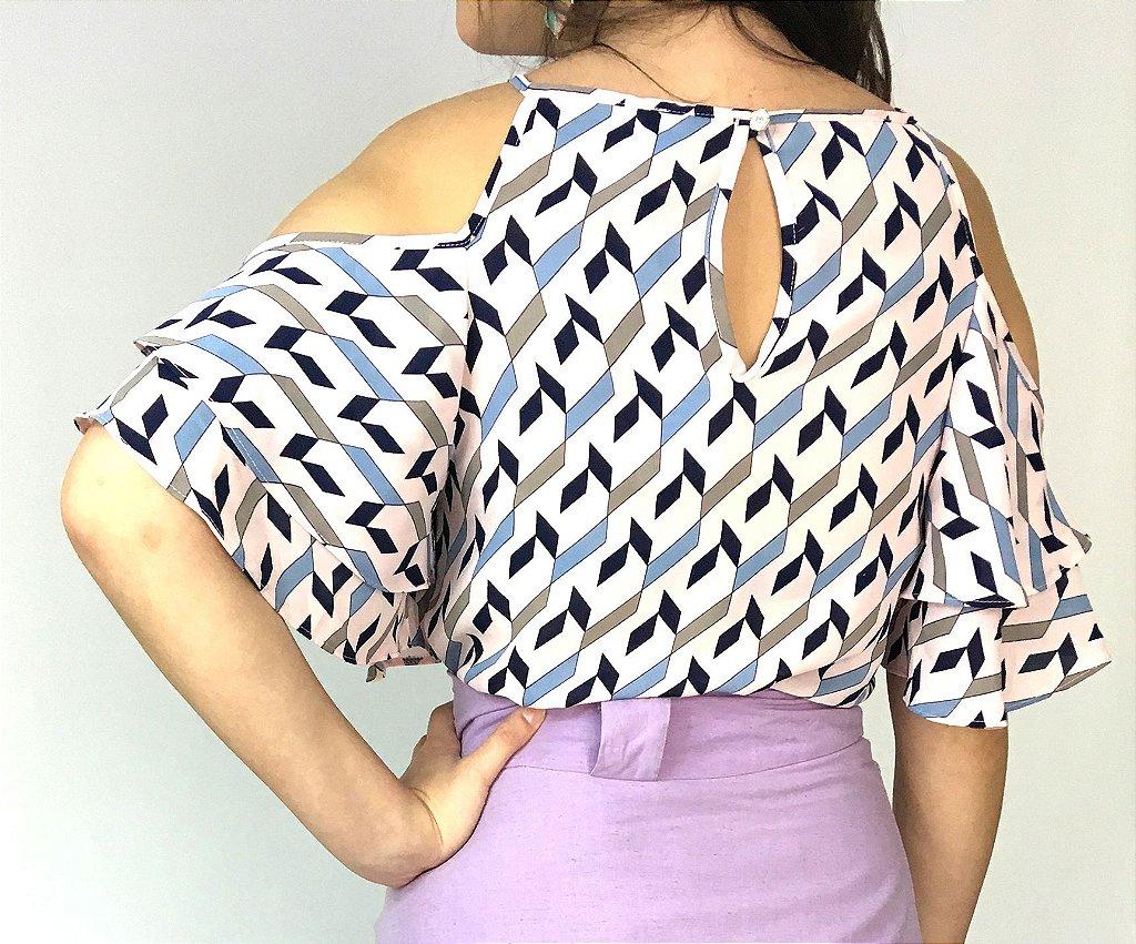 4ff0726892 blusa-rosa-com-babados-estampa-geométrica - Moda Executiva Feminina ...