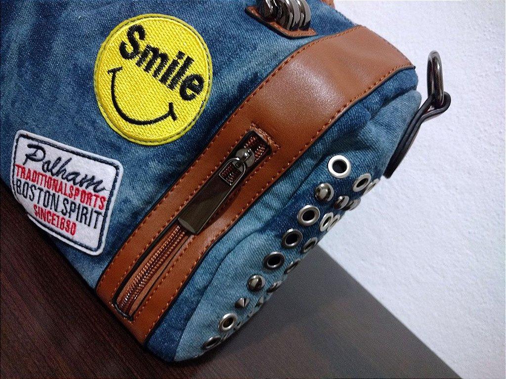 fb6683918 Bolsa Jeans Bau com Patches - CAEME | Bolsas e Acessórios