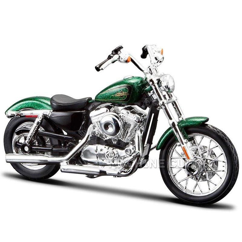 Harley-Davidson 2013 XL 1200V Seventy Two