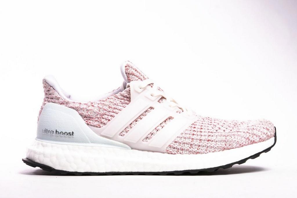 6ec2edaf7b3 Tênis Adidas Ultraboost 4.0 Feminino - Rosa e Branco - Os Melhores ...