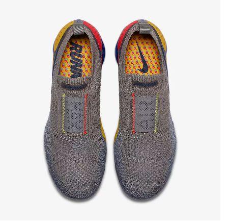 b0d09f0c2dc ... Tênis Nike Air VaporMax Flyknit MOC 2 - Feminino - Cinza