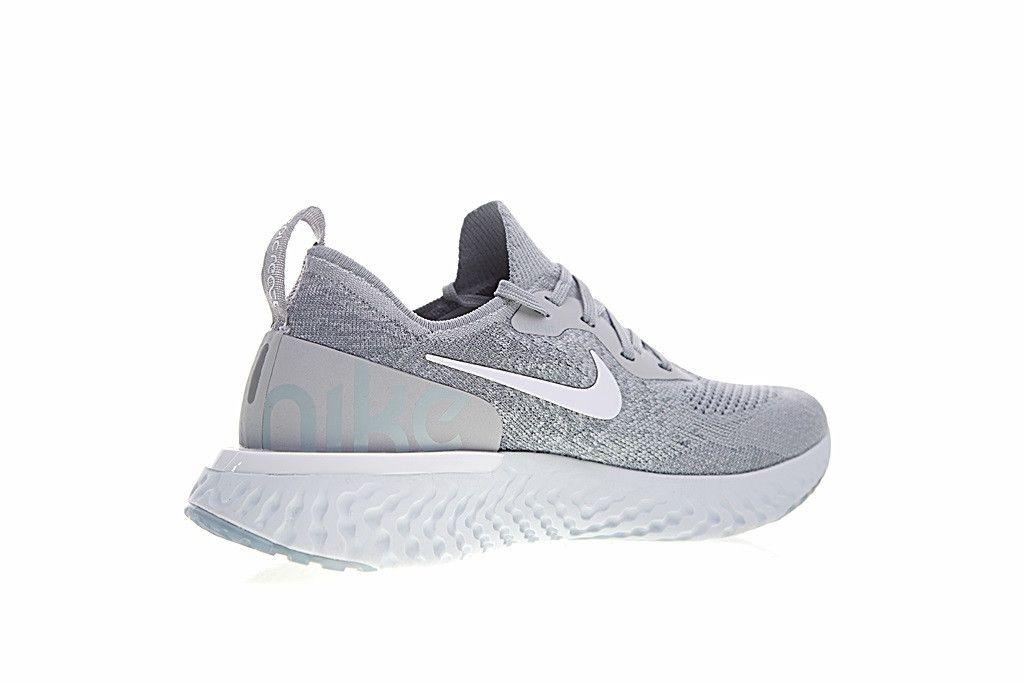 dd5c27acf7a ... Tênis Nike Epic React Flyknit - Masculino - Cinza e Branco - Imagem 4  ...